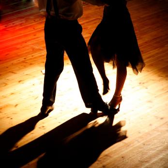 how to describe a ball dance